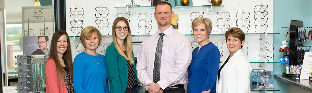 the woodland eye clinic doctor and staff